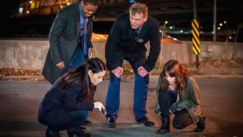 Elementary End Of Watch 2014 Backdrops Amp Stills The