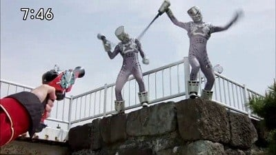 Super Sentai Season 35 :Episode 13  Tell Me Which Way It Is