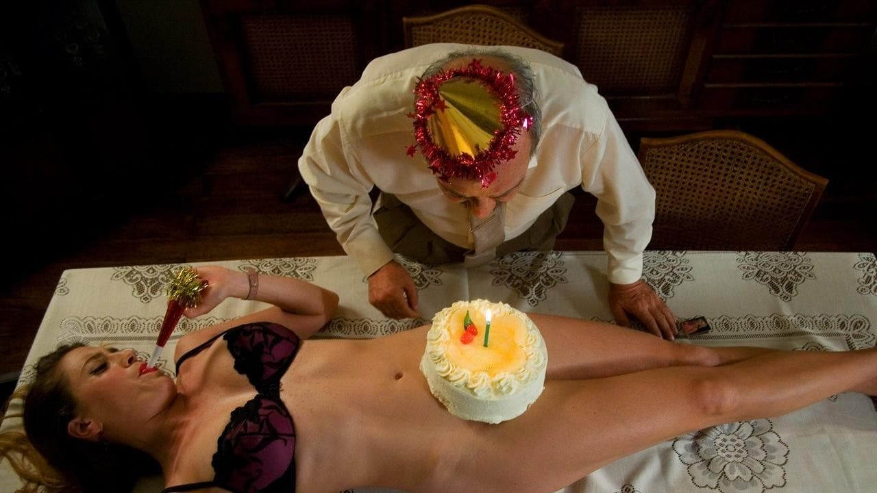 порно фото девушка в торте