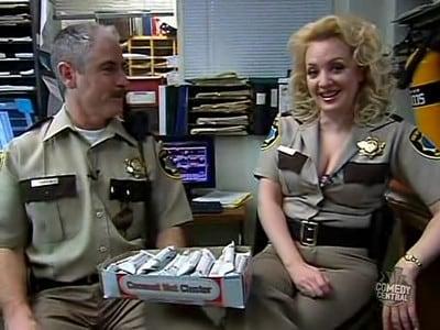 reno 911 2003 saison 5 pisode 5 filmstreaming hd com. Black Bedroom Furniture Sets. Home Design Ideas