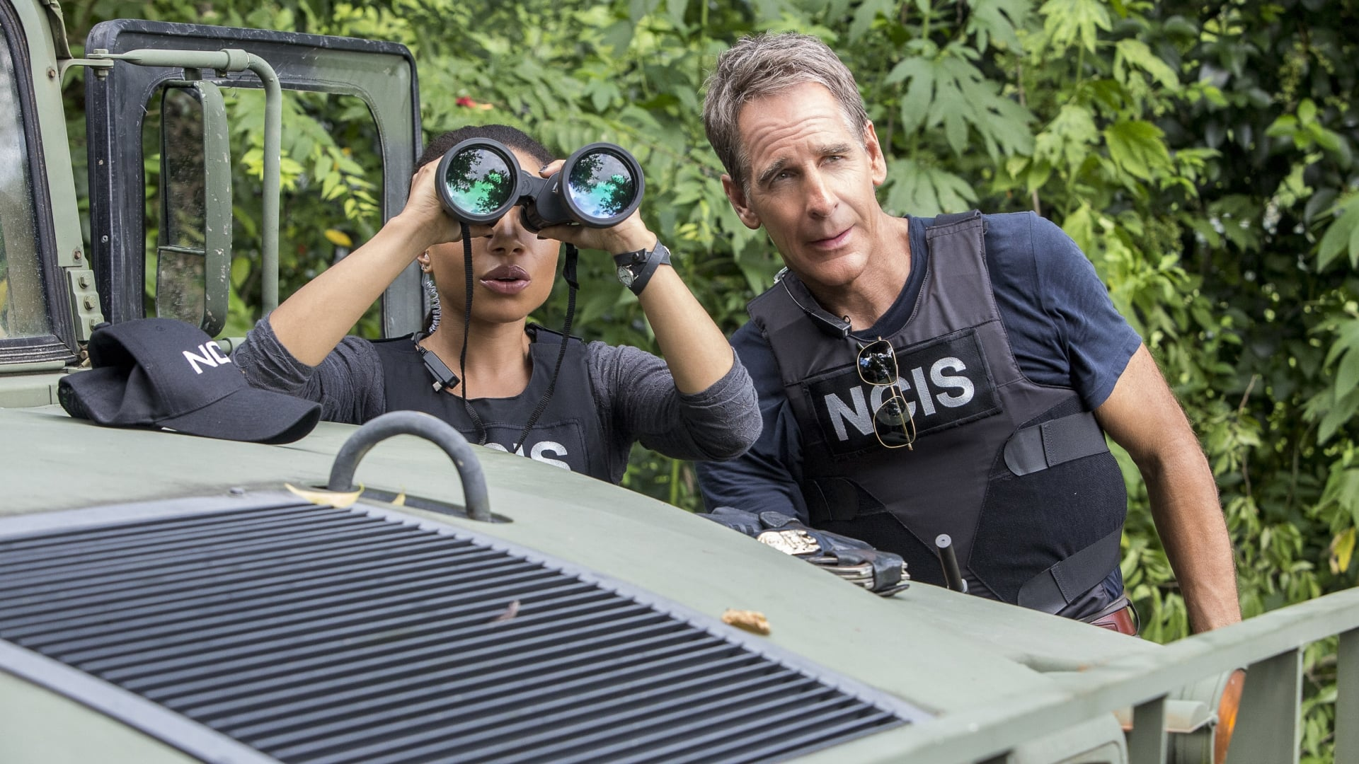 NCIS: New Orleans Season 3 :Episode 3  Man on Fire
