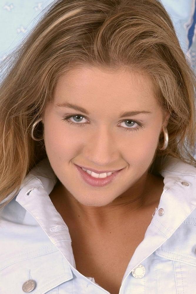 Sarah Blue nude 24