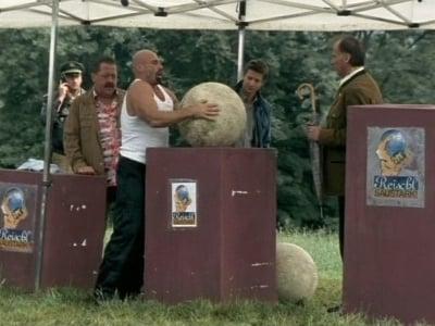 Die Rosenheim-Cops Season 8 :Episode 18  Der Tod zeigt Muskeln