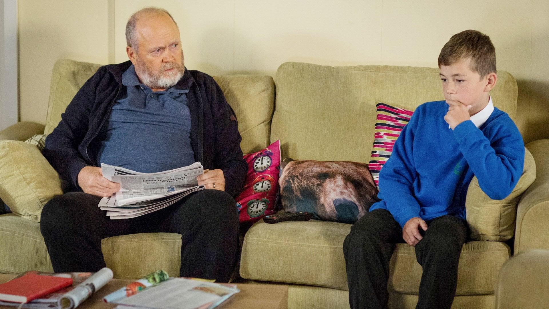 EastEnders Season 32 :Episode 194  06/12/2016