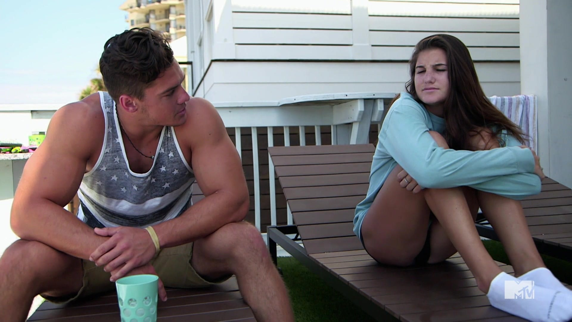 watch Floribama Shore Season 1 Episode 2 online free