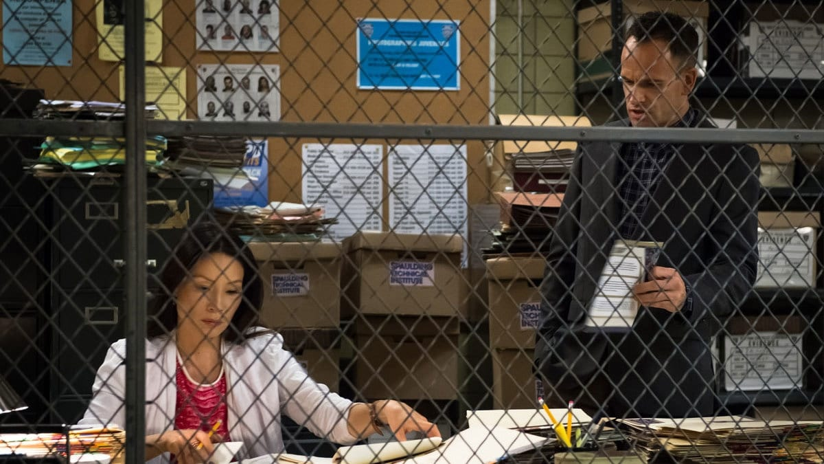 Elementary Season 3 :Episode 7  The Adventure of the Nutmeg Concoction