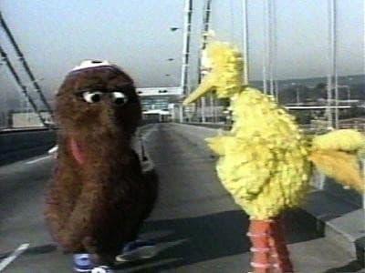 Sesame Street Season 15 :Episode 1  Gordon and Snuffy Run the NYC Marathon
