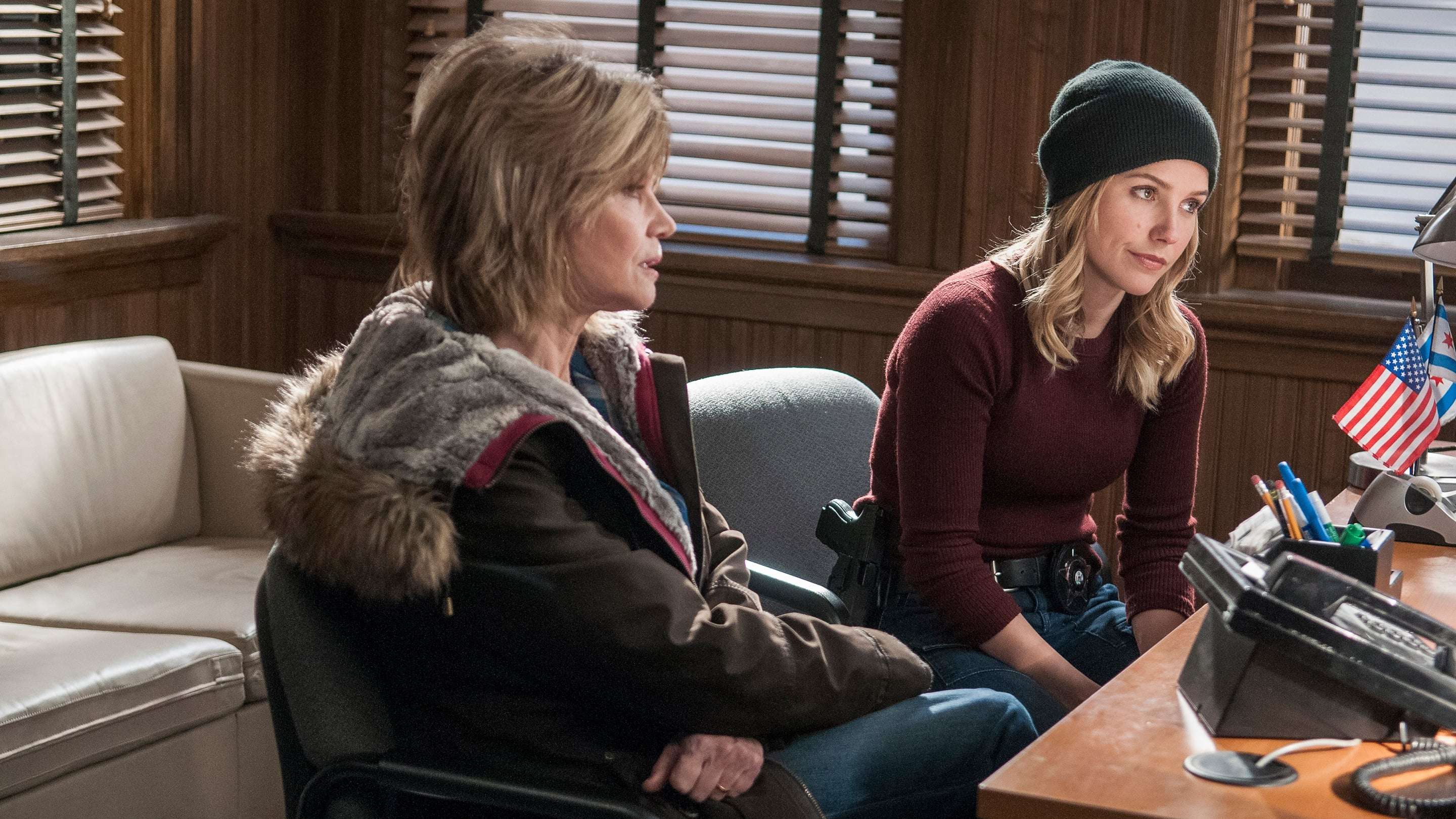 Chicago P.D. - Season 2 Episode 14 : Erin's Mom
