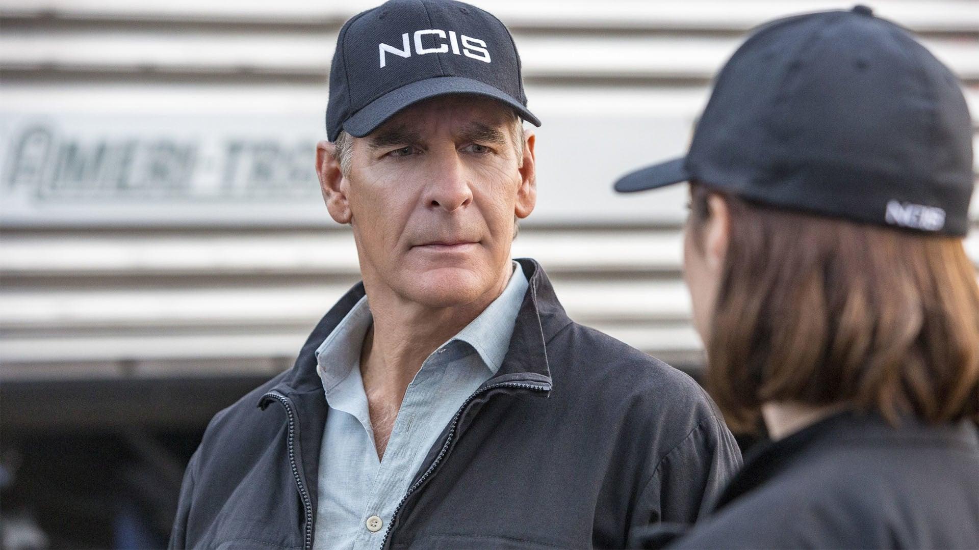 NCIS: New Orleans Season 2 :Episode 15  No Man's Land