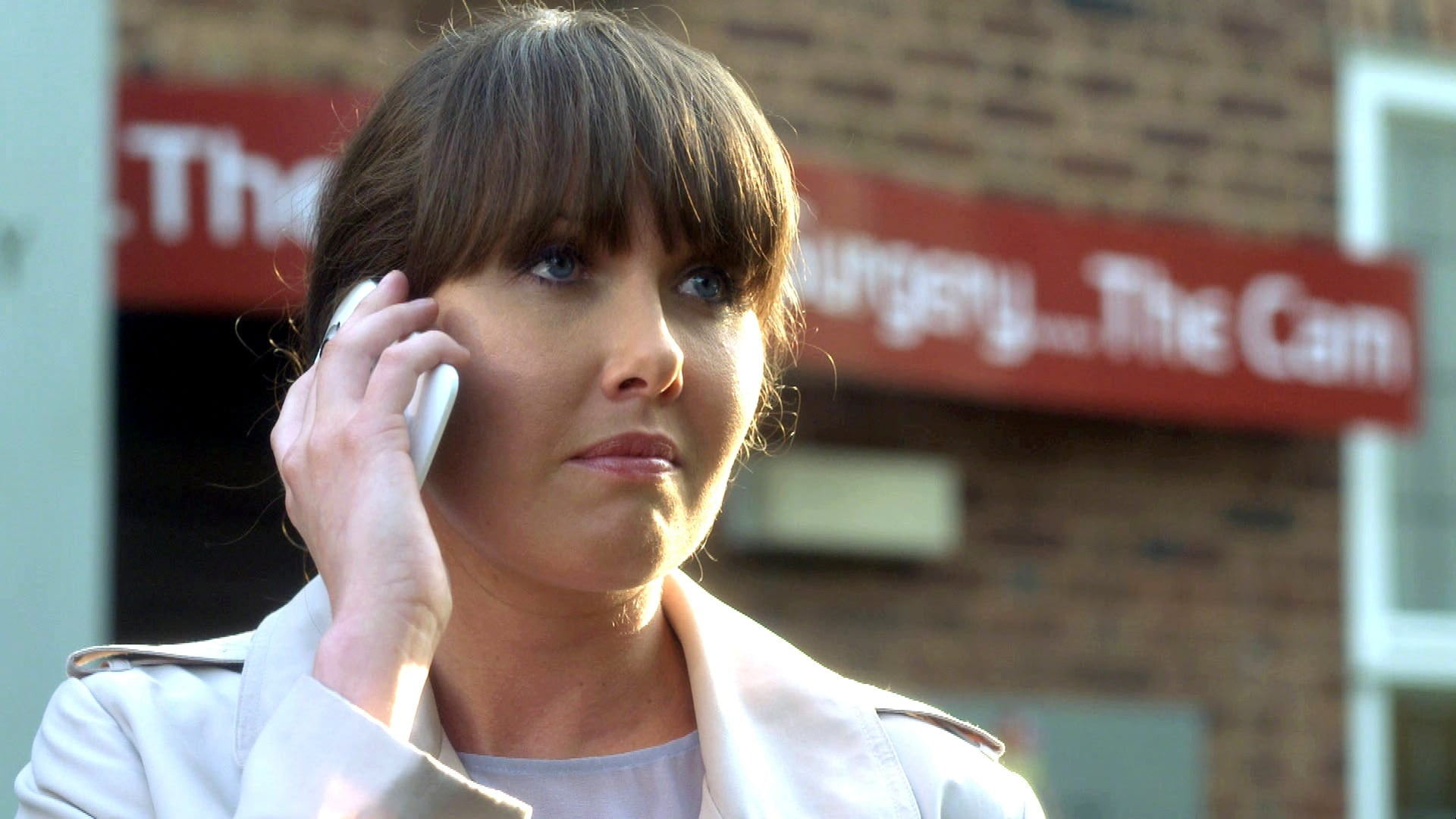 Doctors - Season 17 Episode 114 : Girl about Town