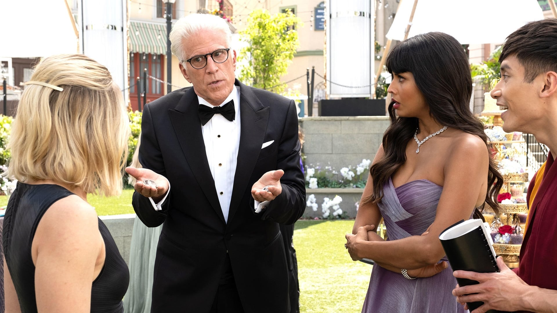 The Good Place - Season 4 Episode 7 : Help Is Other People