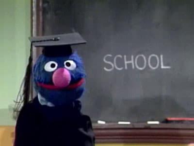 Sesame Street - Season 20 Episode 47 : Eipsode 2598