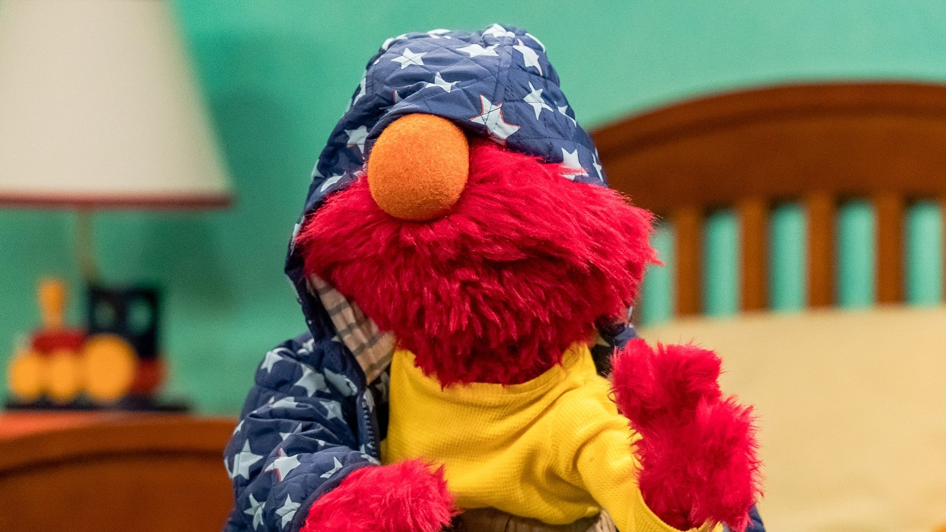 Sesame Street Season 50 :Episode 4  Getting Dressed, Not Stressed