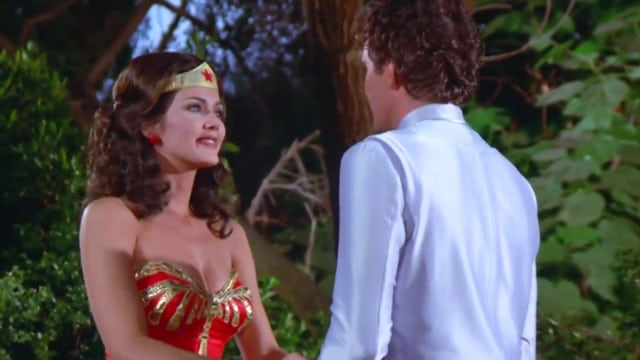 Wonder Woman Season 2 :Episode 10  Mind Stealers from Outer Space (1)