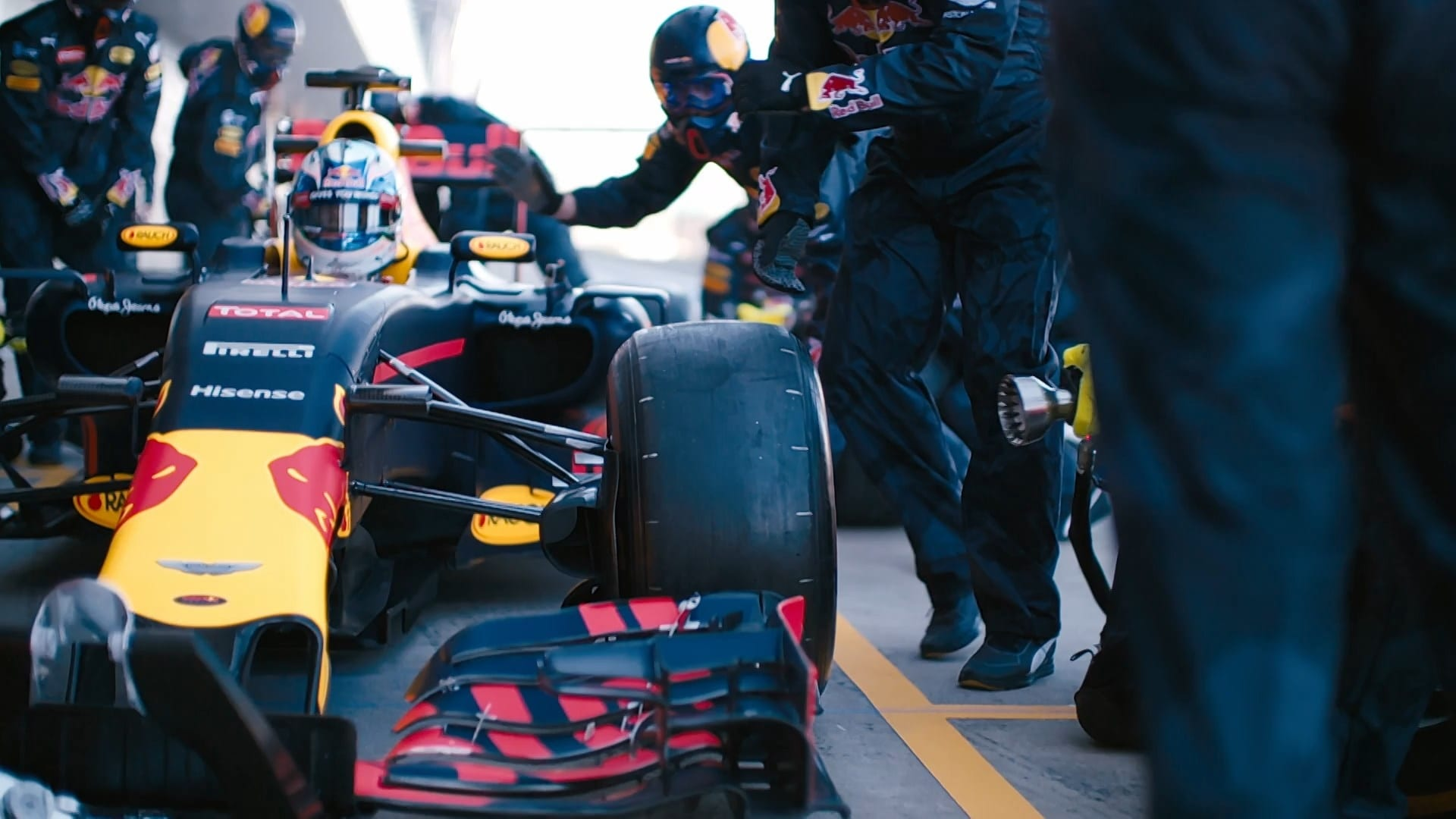 The History of the Pit Stop: Gone in Two Seconds