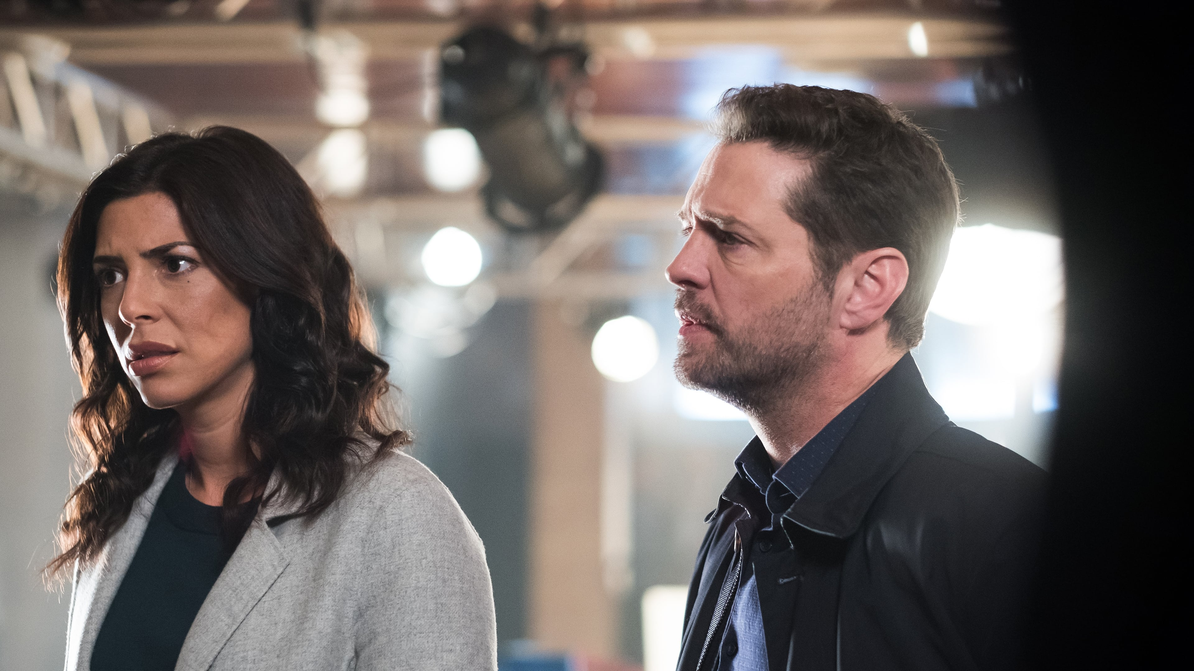 Private Eyes Season 2 :Episode 10  Kissing the Canvas