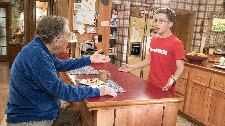 The Goldbergs Season 5 :Episode 2  Hogan Is My Grandfather