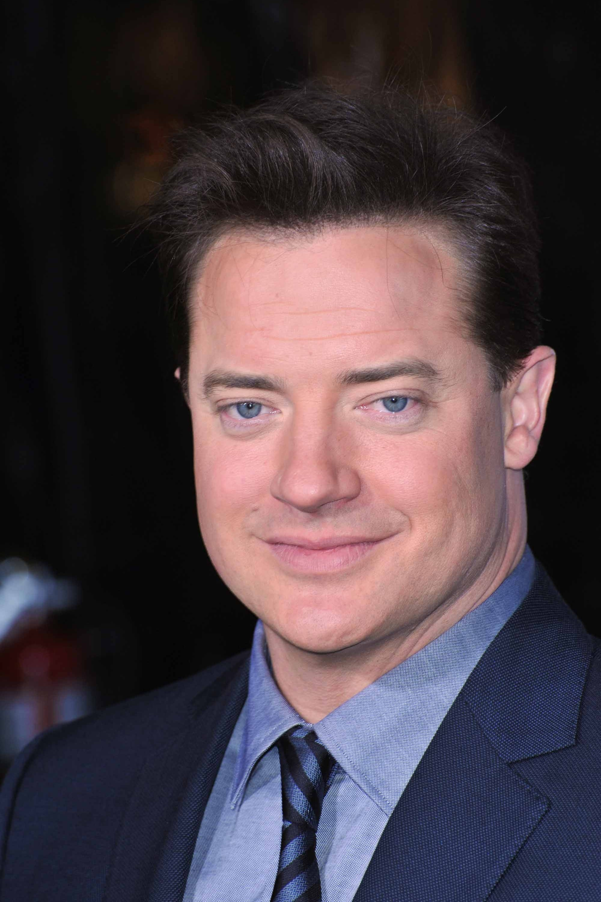 Brendan fraser filmography and biography on - Brendan fraser bald ...