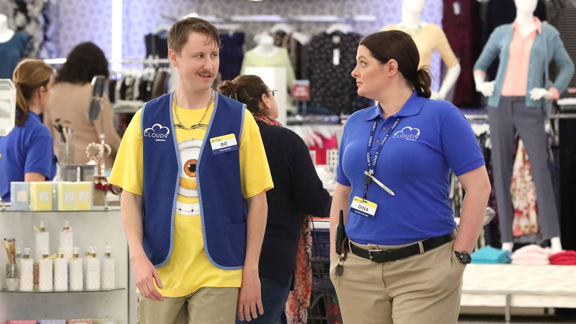 Superstore - Season 2 Episode 20 : Spring Cleaning
