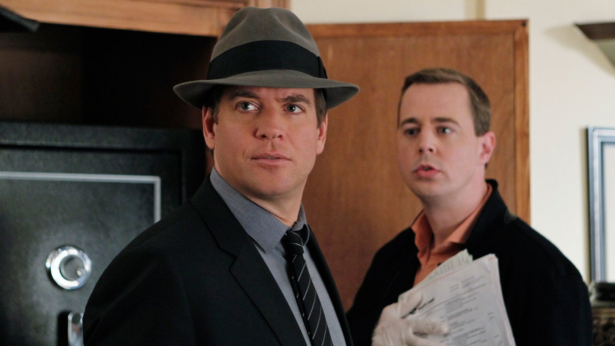 NCIS - Season 11 Episode 16 : Dressed to Kill