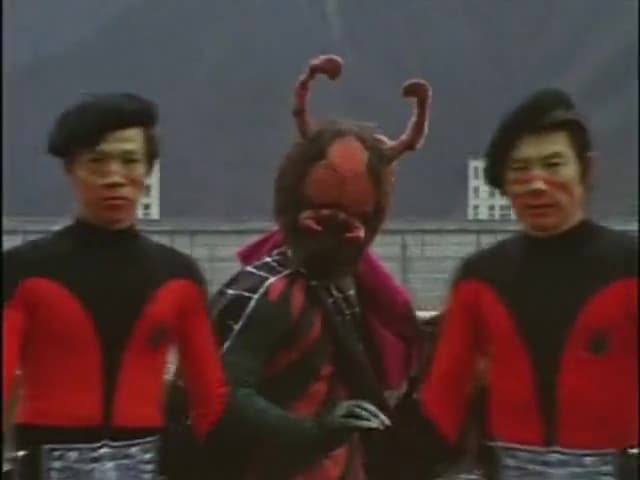 Kamen Rider Season 1 :Episode 1  The Mysterious Spider Man