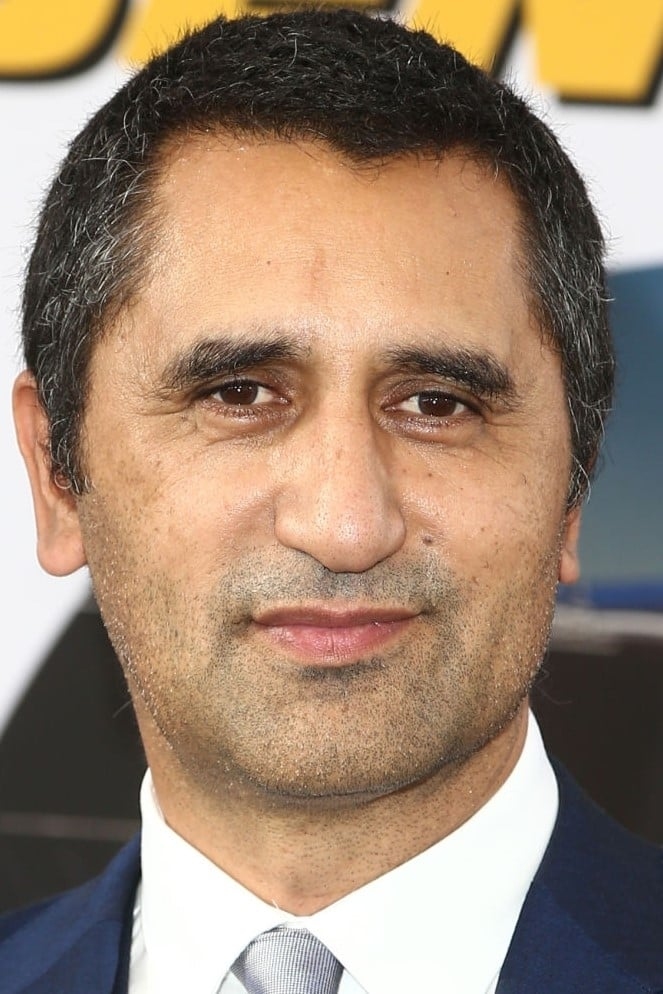 Cliff Curtis / Billy Freeman