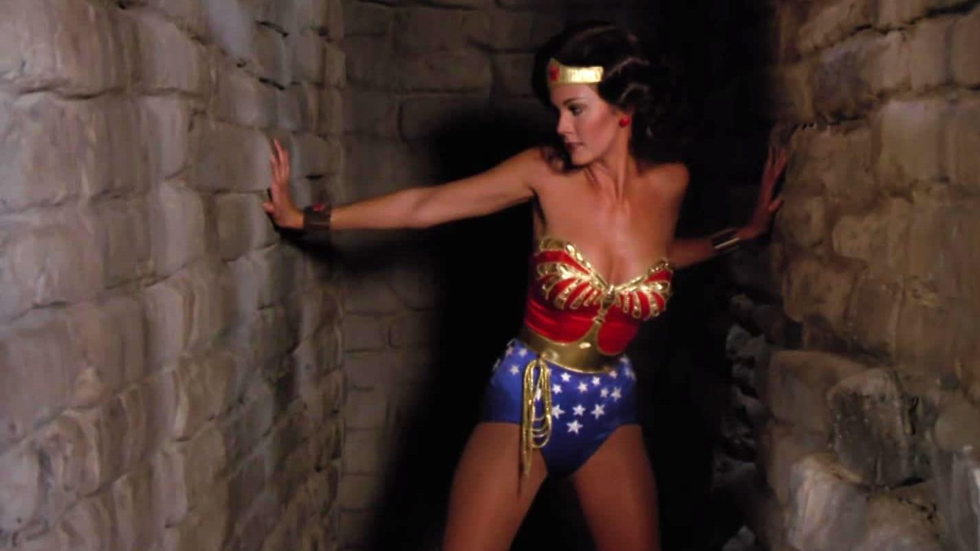 Wonder Woman Season 2 :Episode 9  The Man Who Made Volcanoes