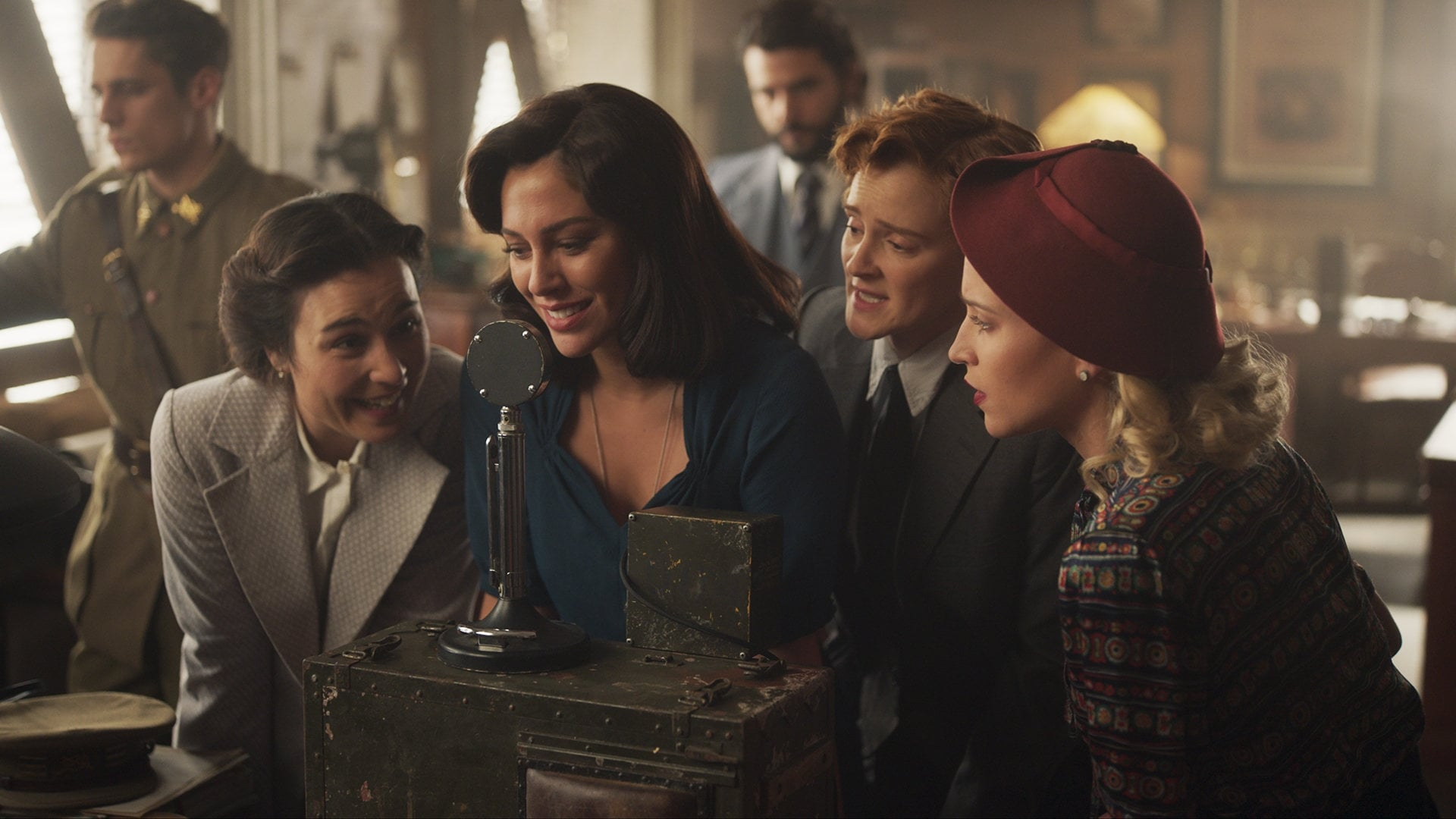 Cable Girls Season 5 :Episode 2  Chapter 34: Hate