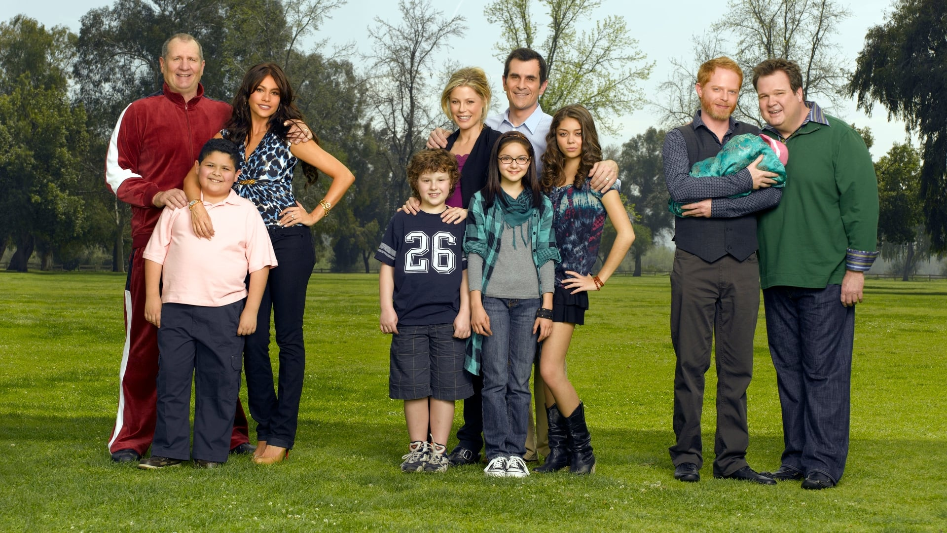 Modern Family - Season 11 Episode 13