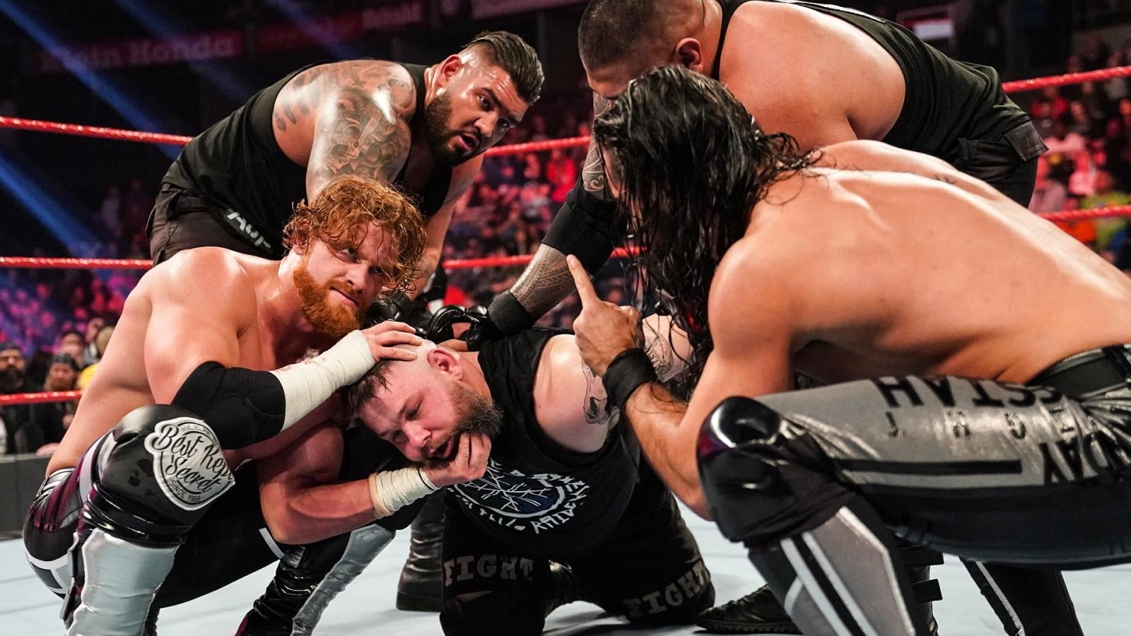 WWE Raw - Season 28 Episode 7 : February 17, 2020 (Everett, WA)