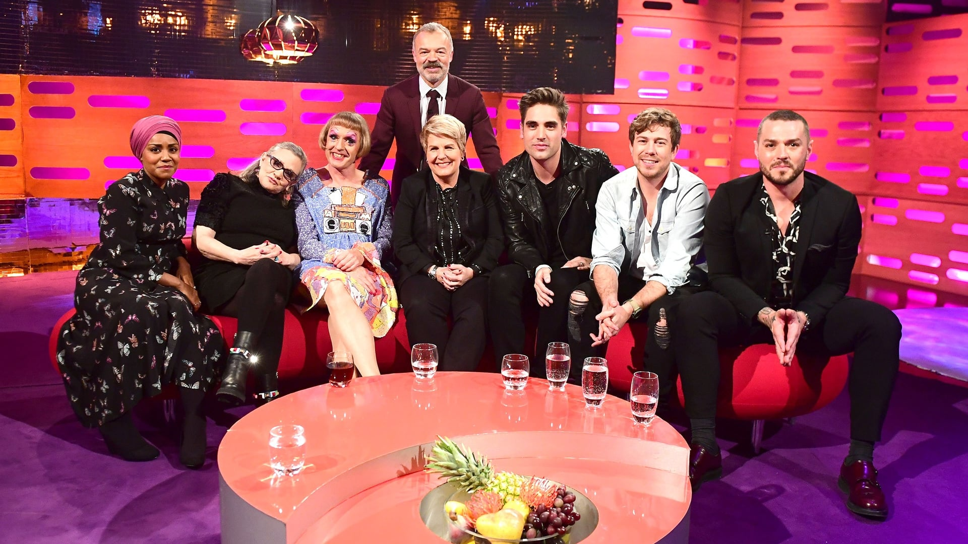 The Graham Norton Show Season 20 :Episode 10  Carrie Fisher, Grayson Perry, Sandi Toksvig, Nadiya Hussain