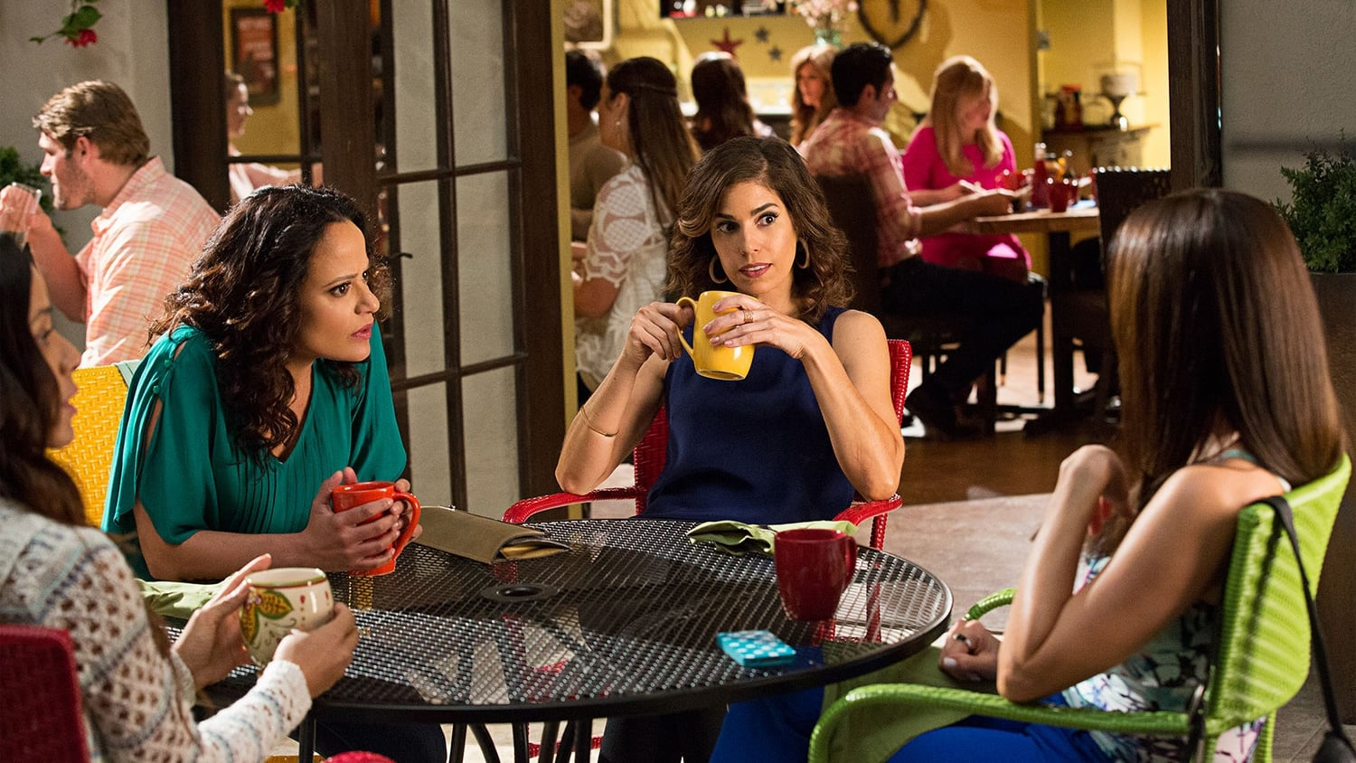 devious maids season 1 episode 2 télécharger