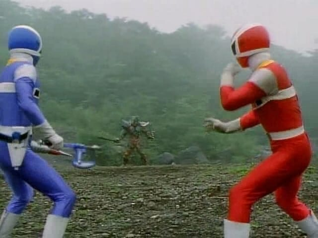 Super Sentai Season 21 :Episode 30  Explosion! Friendship Combination