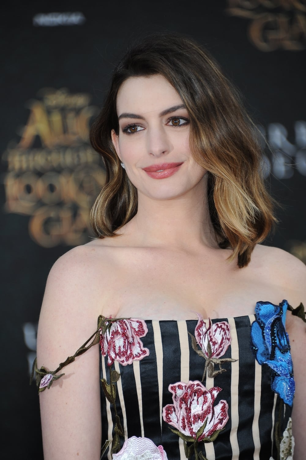 Watch Anne Hathaway Movies Online Streaming - Film en ... Anne Hathaway