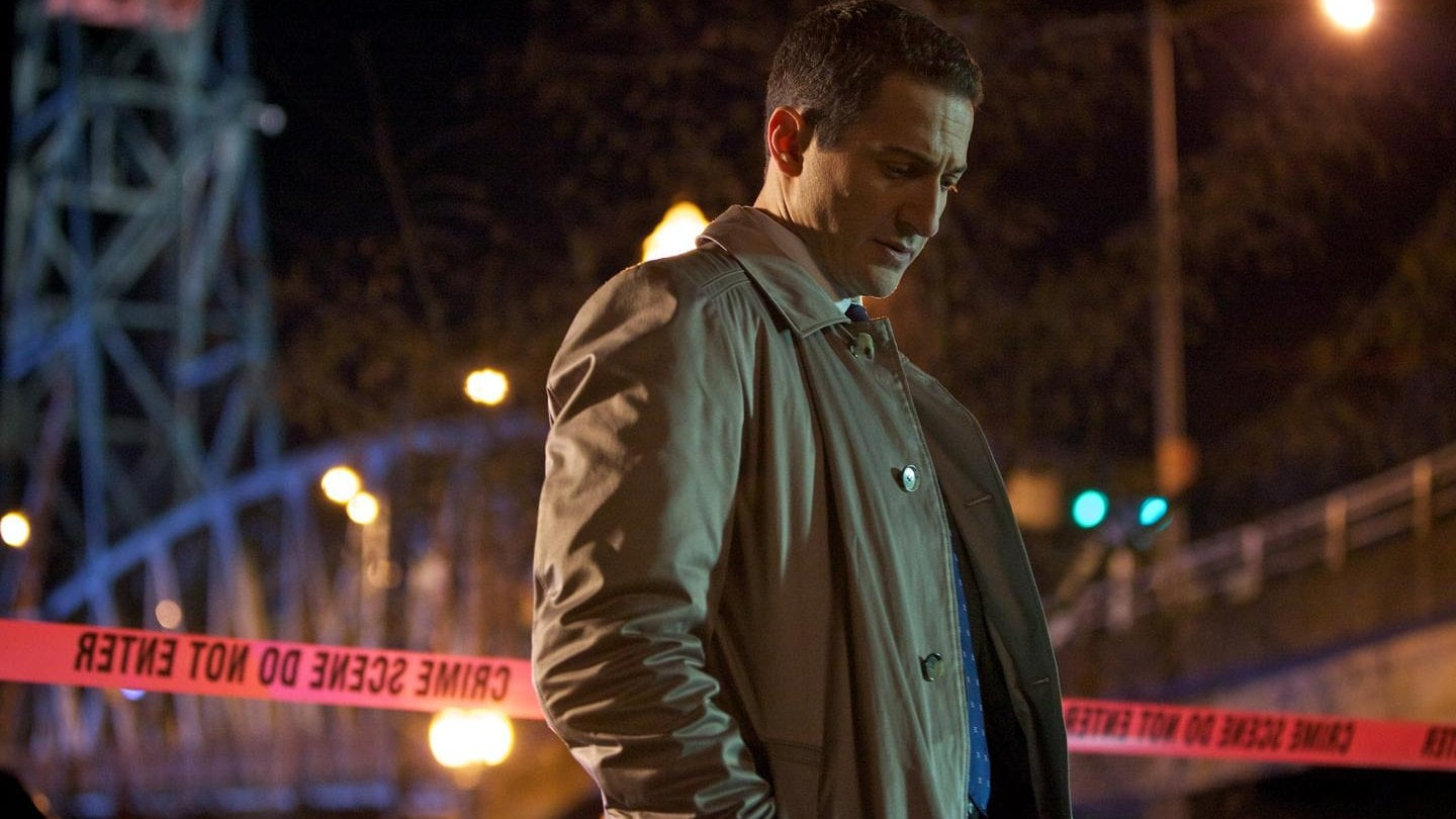 Grimm Season 1 :Episode 18  Cat and Mouse
