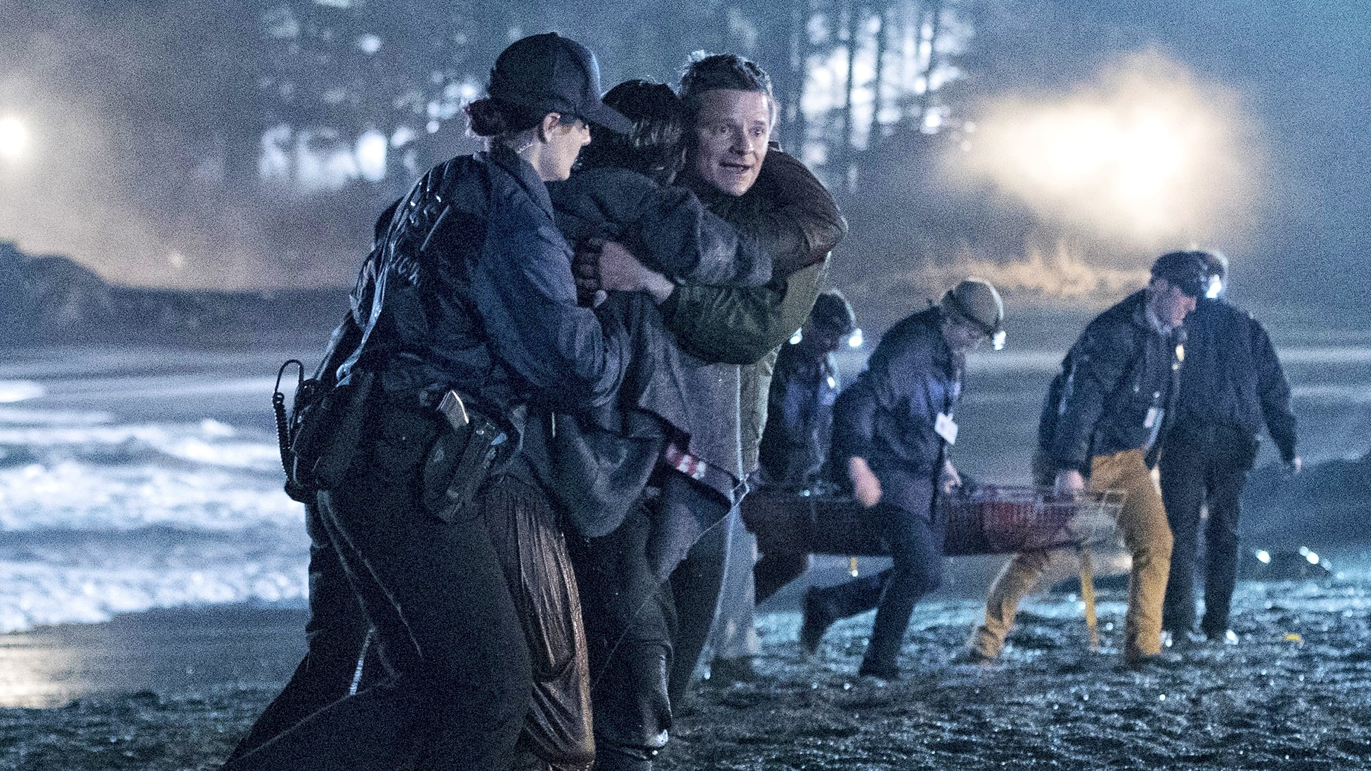 Watch The Crossing 1x2 Online Free