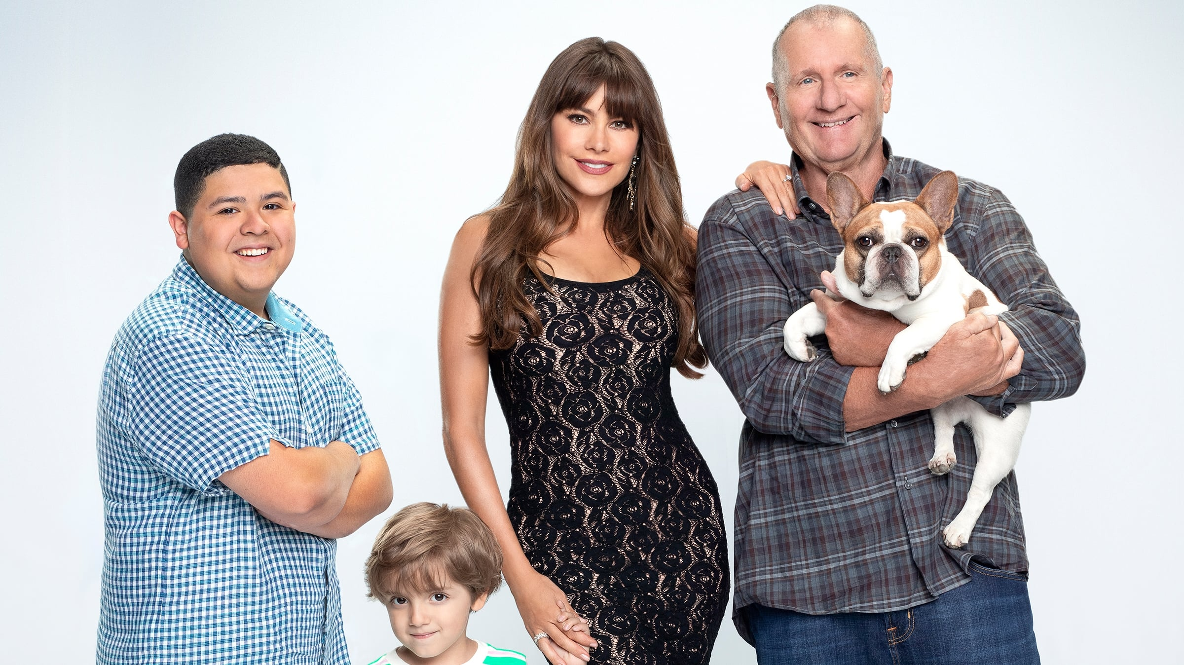 Modern Family - Season 11 Episode 1