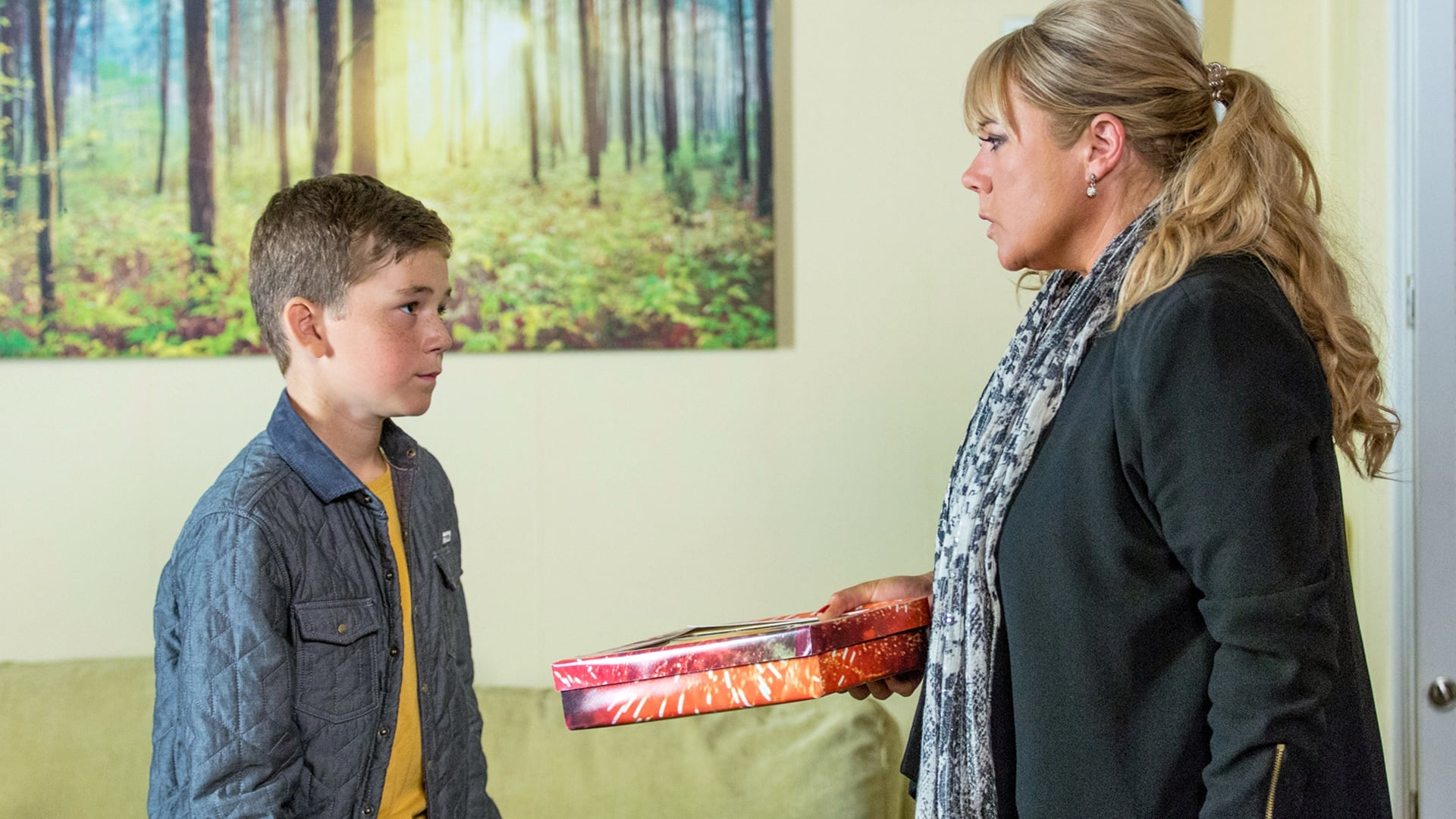 EastEnders Season 32 :Episode 171  25/10/2016