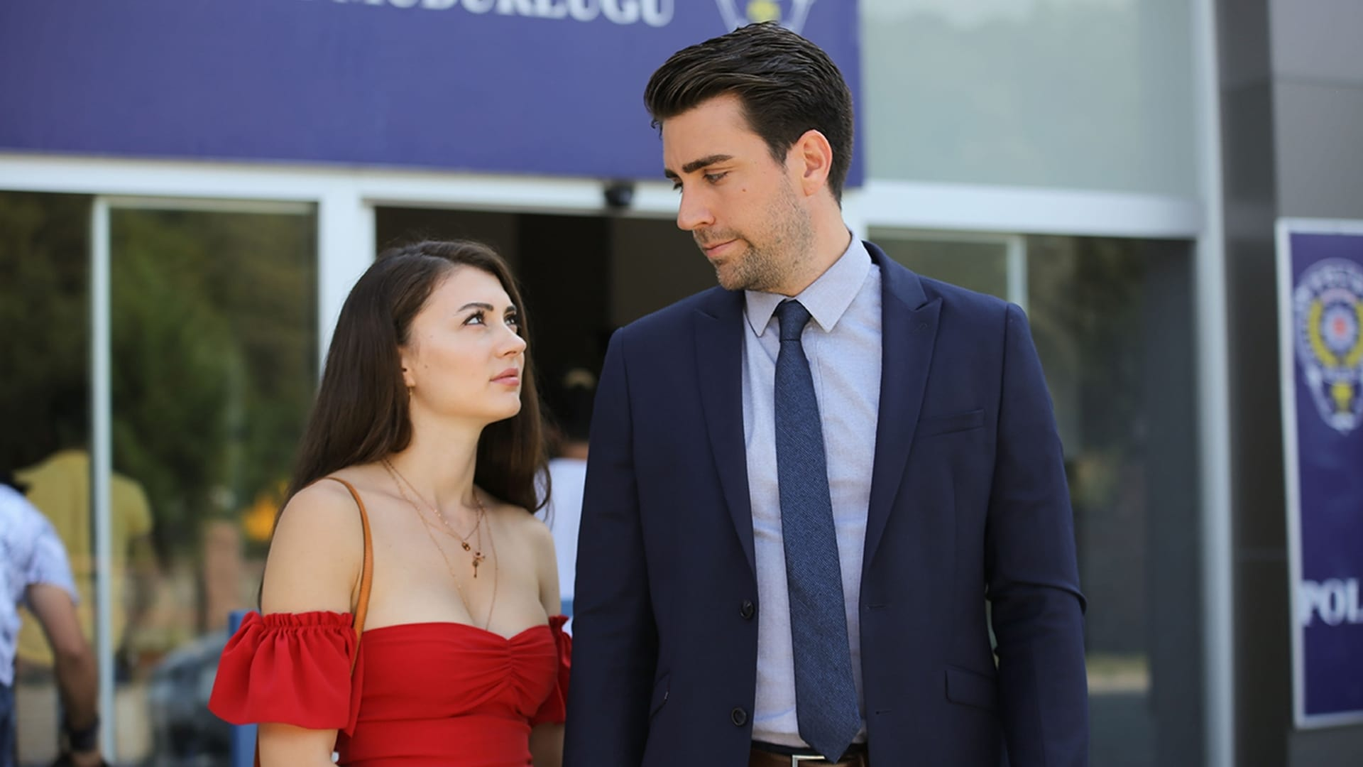 Afili Aşk Season 1 :Episode 13  Episode 13