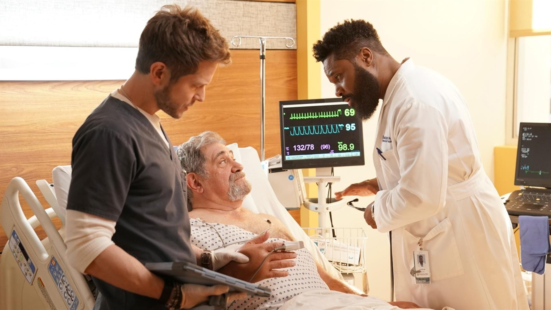 The Resident Season 2 :Episode 16  Adverse Events