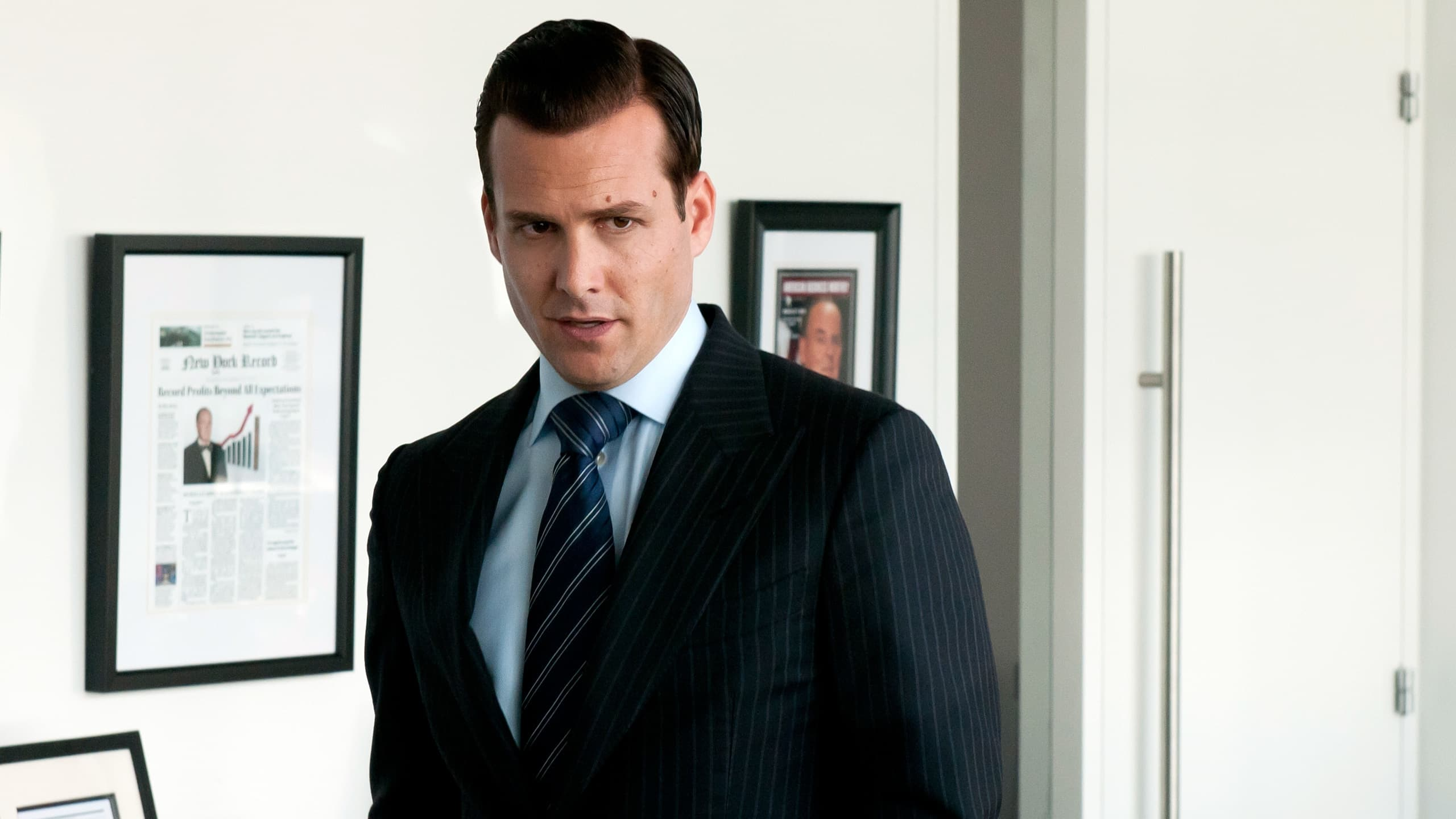 Suits Season 1 :Episode 6  Tricks of the Trade