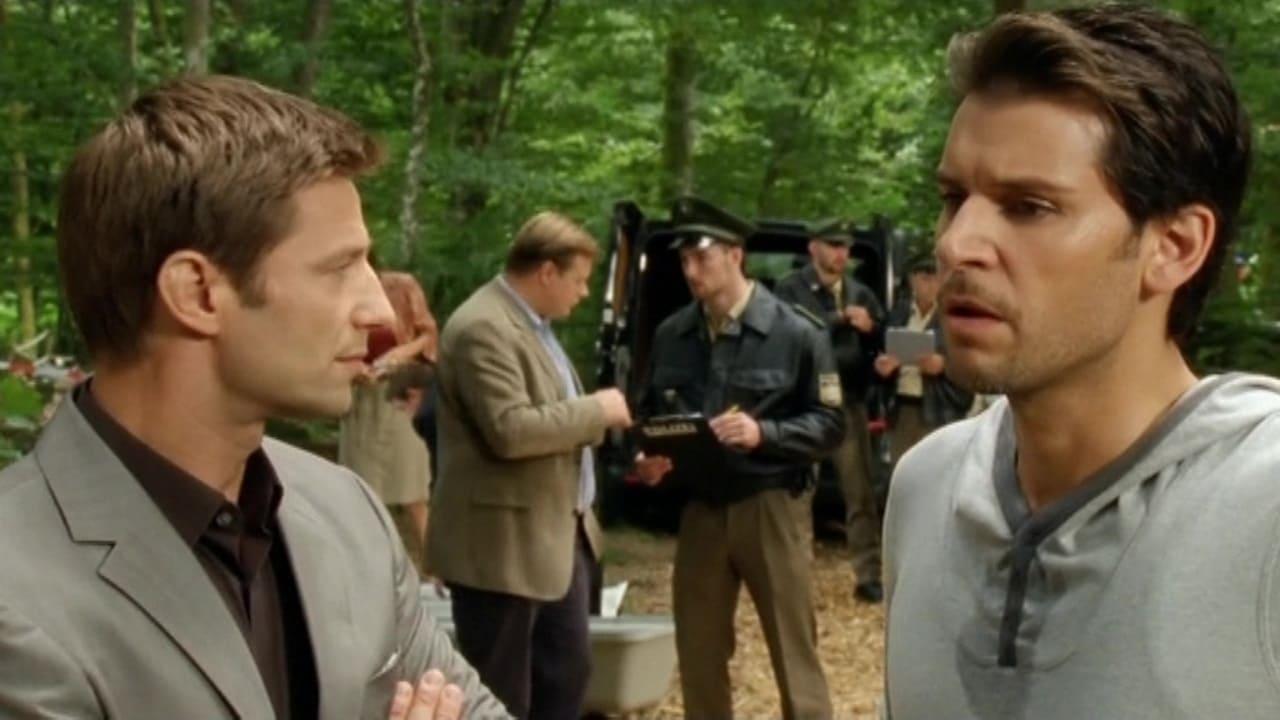 Die Rosenheim-Cops Season 11 :Episode 26  Ein Fall von Hochmut