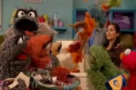 Sesame Street Season 40 :Episode 10  Grouch Messing Machine