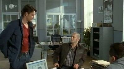 Die Rosenheim-Cops Season 7 :Episode 22  Eine offene Rechnung