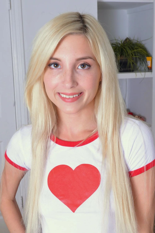 Blonde hose pantie pussy