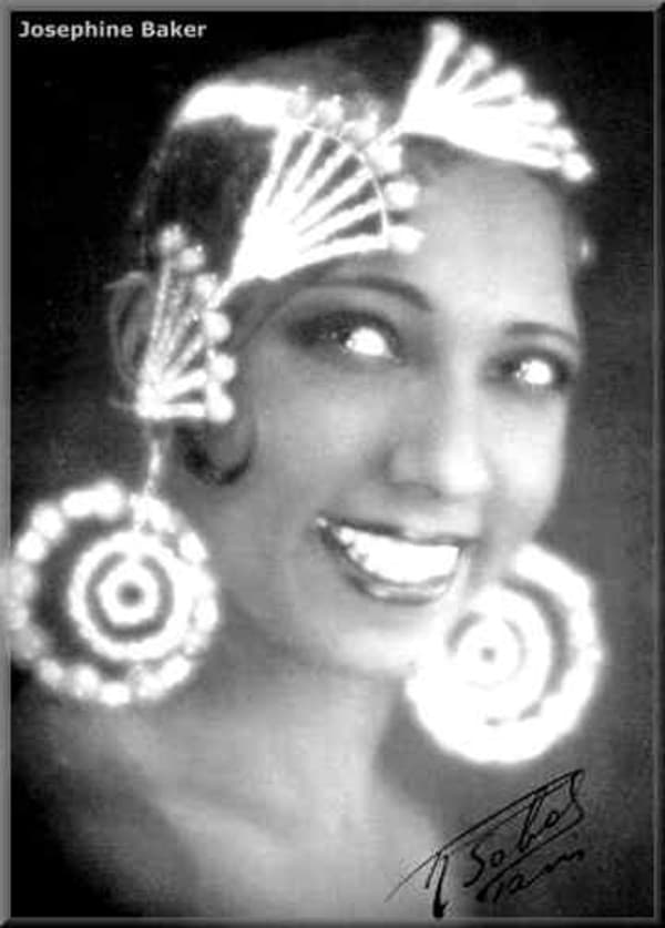 Chasing a Rainbow: The Life of Josephine Baker