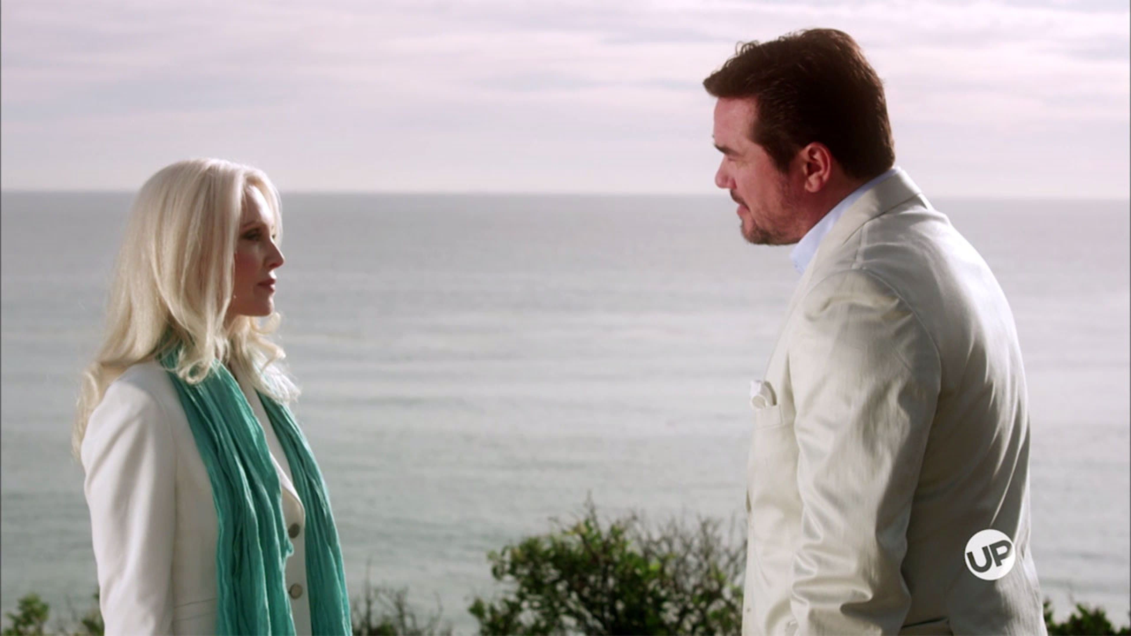 Watch Beverly Hills Christmas 2015 Solar Movie Online