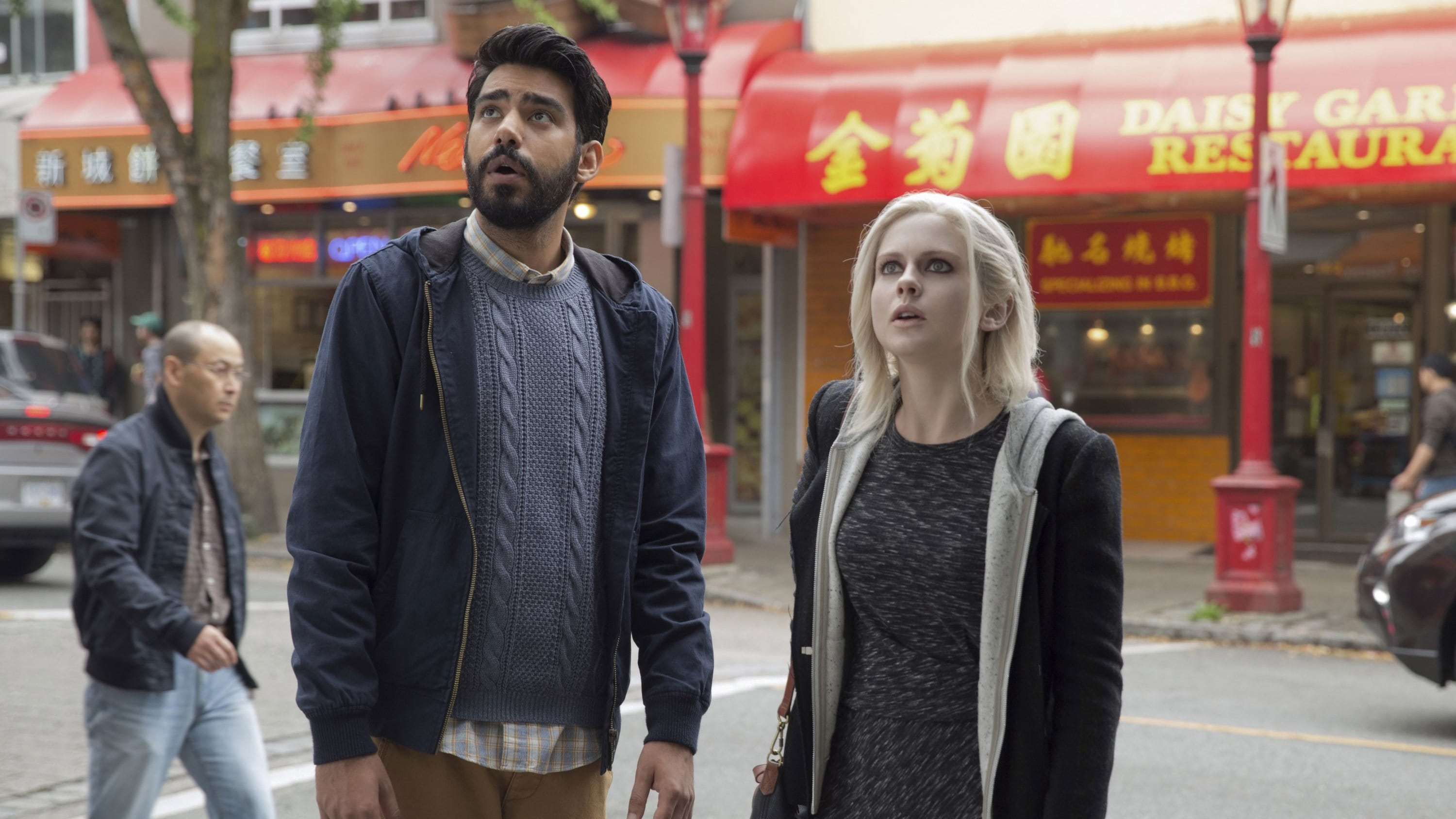 iZombie Season 1 :Episode 4  Liv and Let Clive