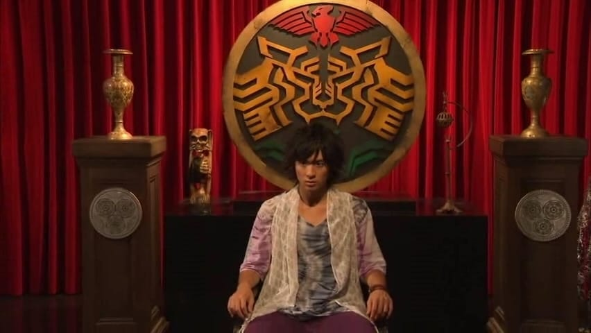 Kamen Rider Season 21 :Episode 47  Red Days, Fulfilled, Eiji the Container