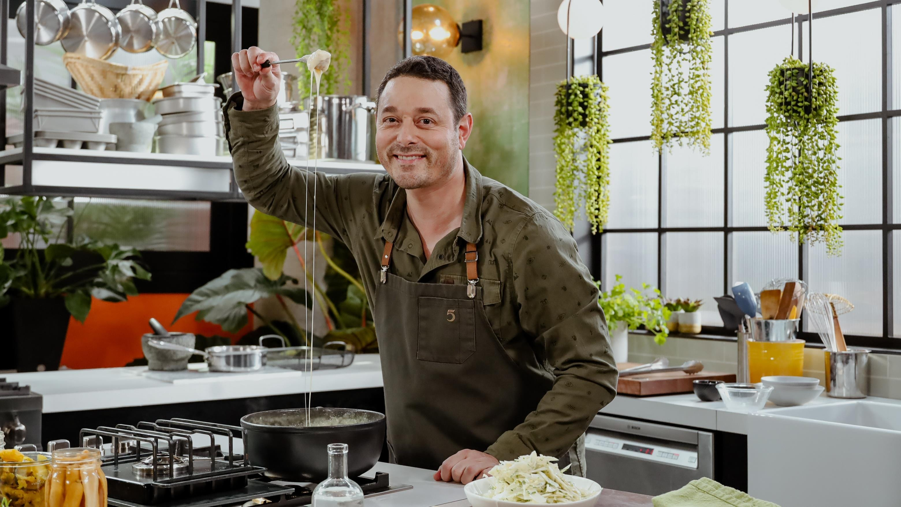 5 chefs dans ma cuisine Season 1 :Episode 80  Episode 80